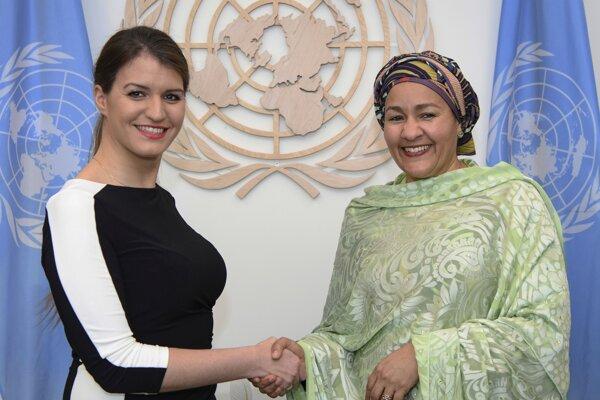 Vpravo zástupkyňa generálneho tajomníka OSN Amina Mohammedová na pôde Spojených národov.