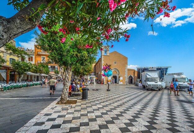 Atmosféra v Taormine