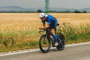 Triatlon samotný je výzvou. Najdlhší slovenský triatlon má 226 km - Slovakman v Piešťanoch. Na snímke je deväťnásobný víťaz Petr Vabroušek.