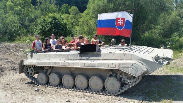 Jazda tankom v Podbieli.