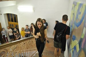 Počas uvedenia výstavy využili knavigácii aj prvok hlasu askúmali reakcie ľudí.