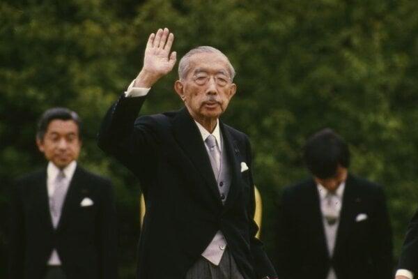 Japonský cisár Hirohito na archívnej snímke z roku 1988.