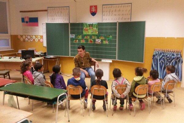 Práca odborných a pedagogických zamestnancov v ZŠ s MŠ Pečovská Nová Ves v rámci národného projektu Škola otvorená všetkým.