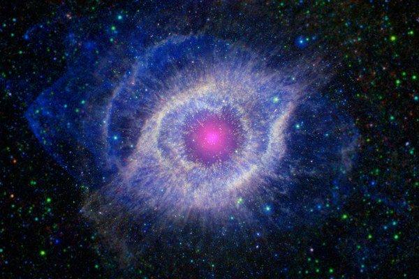 Planetárna hmlovina Slimák má vo svojom jadre práve bieleho trpaslíka.