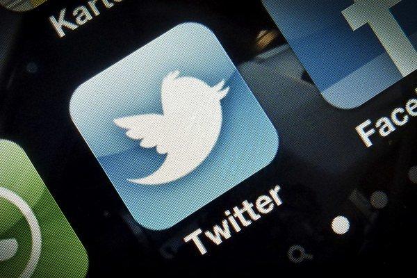 Twitter chce konečne zarábať.