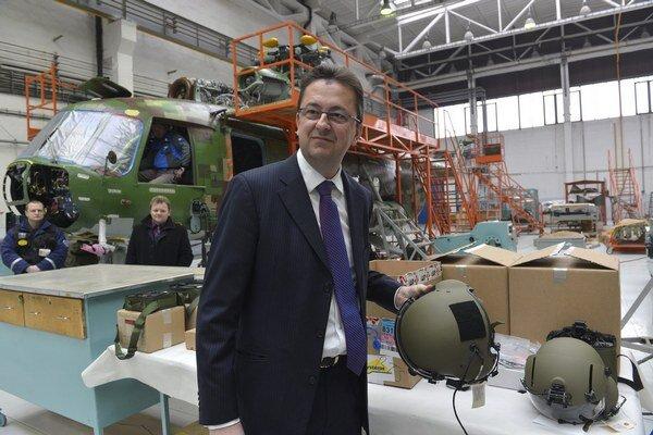 Minister obrany Martin Glváč je za vytvorenie protihackerskej armády, ktorá by aj útočila.