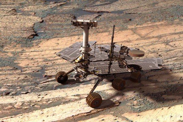 Na Marse pristál v roku 2003. Vesmírne vozidlo Opportunity malo fungovať tri mesiace.