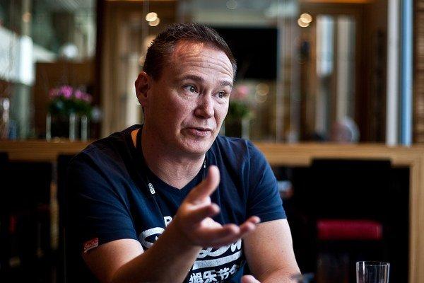Peter Kruse je spoluzakladateľom dánskej IT bezpečnostnej spoločnosti CSIS a vedie jej oddelenie elektronickej kriminality. Patrí medzi najväčších európskych expertov na kyberzločin. Odborný workshop CARO v Bratislave navštívil na pozvanie spoločnosti