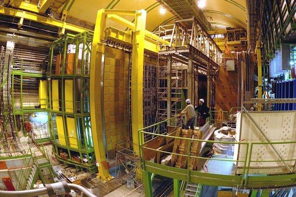 Detektory sú veľké ako paneláky.