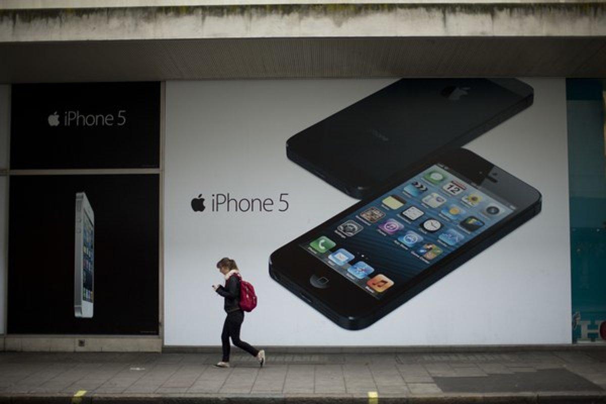 Apple vraj chystá lacný iPhone - tech.sme.sk c6f56cb19e4