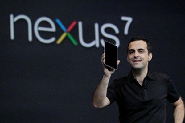 """""""Je obrovský,"""" povedal šéf projektov v Googli Hugo Barra o prvotnom záujme o Nexus 7. Až na pár drobností s ovládaním je to veľmi dobrý tablet."""