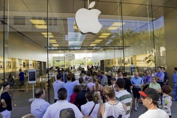 Začiatok predaja nového smartfónu iPhone 5.