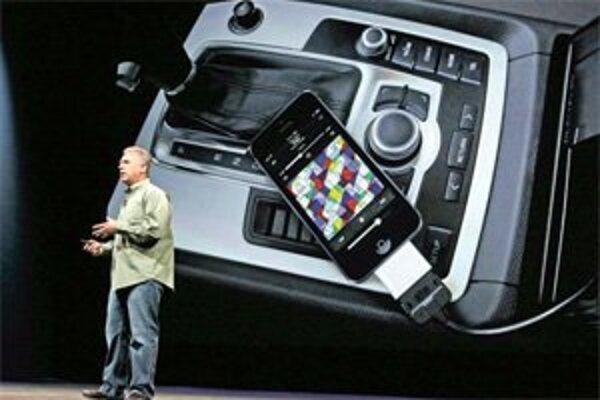 Zariadenia Applu vrátane iPhonu 5 dostali nový konektor, výrobca k nemu ponúka aj redukciu.