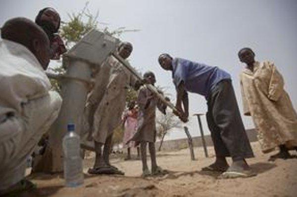 Afrika má dosť podzemnej vody. Treba ju využívať opatrne.