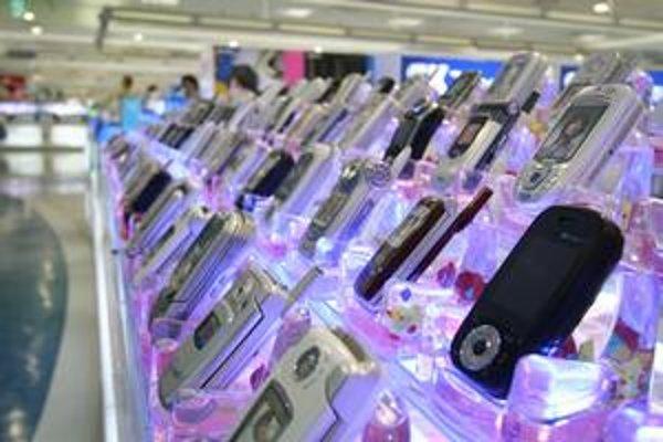 Mobily už nie sú pre Severokórejčanov zakázané, no pre väčšinu z nich sú až príliš drahé.