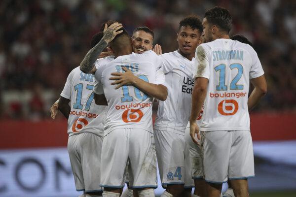 Hráči Olympique Marseille oslavujú víťazstvo - ilustračná fotografia.