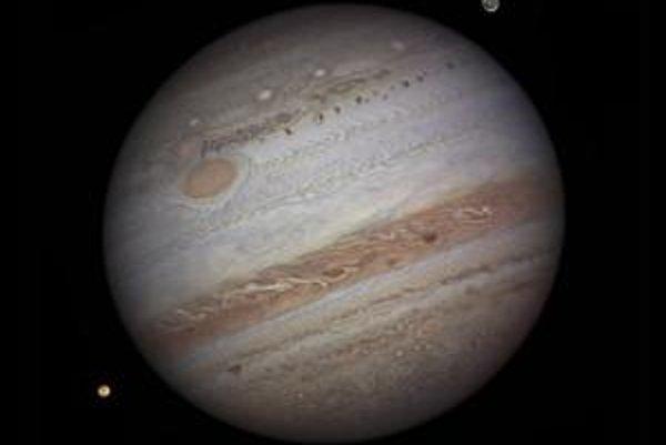 Víťazná snímka Jupitera.