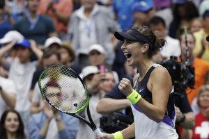 Radosť Belindy Benčičovej po výhre nad Naomi Osakovou v osemfinále US Open.