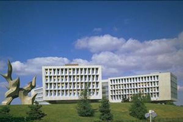 Nemocnica Antoina Béclera na parížskom predmestí Clamart.