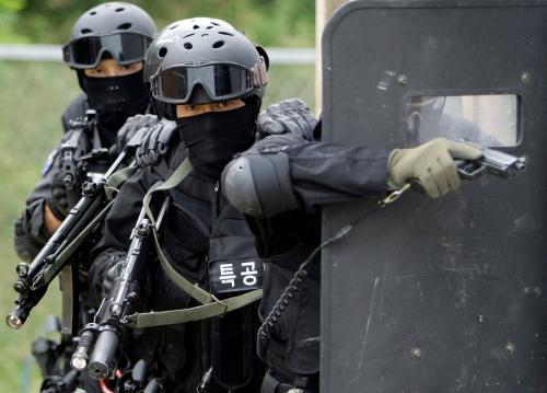 juhokorejski-protiteroristi4_tasrap.jpg