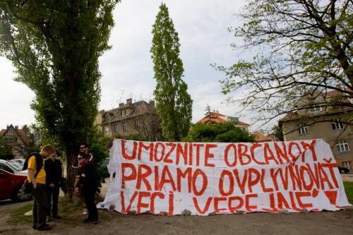 protest_hrad_vlastenecky_zakon_5_sme.jpg