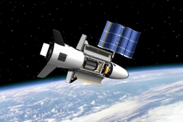 Americká armáda prebrala projekt od NASA. Robí okolo neho tajnosti.