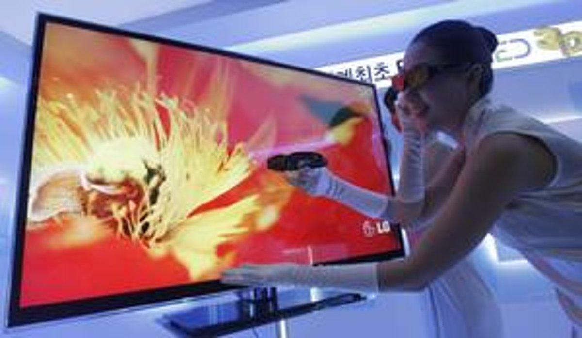 bdb71cce9 Hoci sú 3D televízory atraktívne, obchodníci sú zatiaľ opatrní. Odhadujú,  že na slovenskom