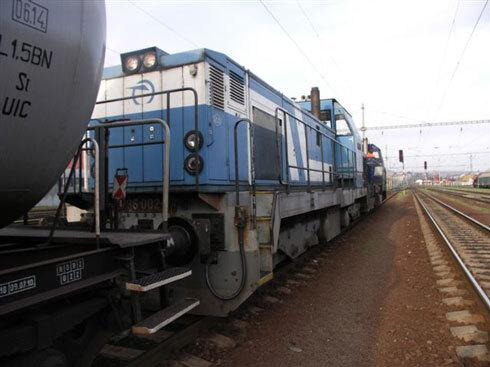 vlak490.jpg