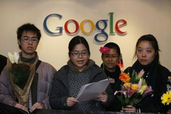 Rozhodnutie Googlu kritizovať cenzúru v Číne privítali mnohí čínski aktivisti.