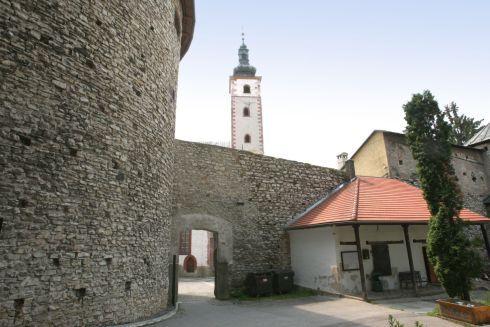 hradby4.jpg