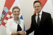 Marija Pejčinovičová Buričová s maďarským ministrom zahraničných vecí a obchodu Petrom Szijjartom.