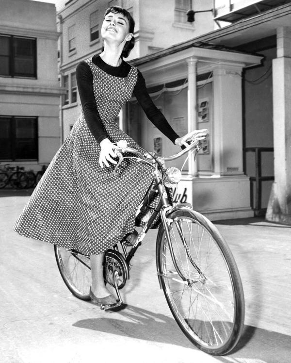 1954_audrey_hepburn