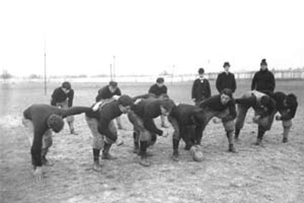 Dodržiavať pravidlá fair-play je v športe nevyhnutnosťou, v spoločnosti je to najmä vecou zažitej tradície.