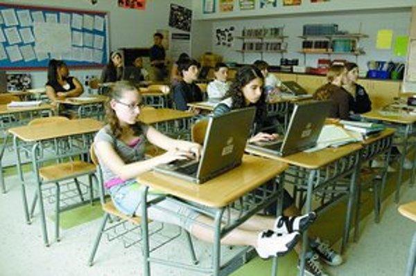Pre tínedžerov sa sociálne siete stali hlavným nástrojom ich lásky.