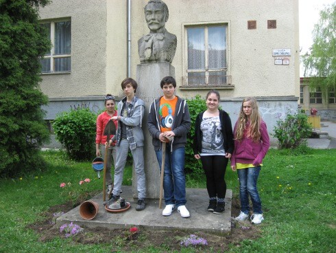 s.chalupku-vesely-hviezdoslav_r3540.jpg