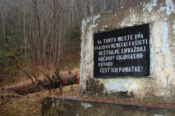romovia_cierny_balog_durinova_r5438_res.jpg