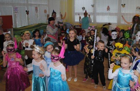 miko_karneval1_240215_res.jpg