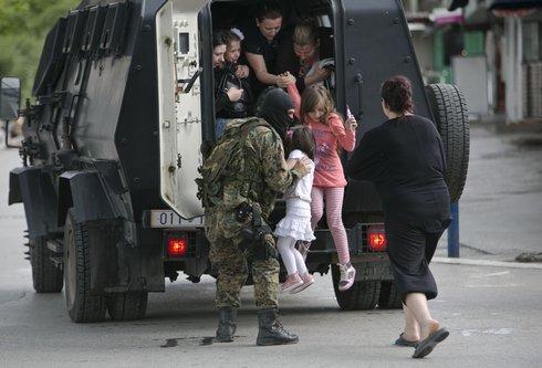 macedonia-shootings721445_r7453_res.jpg