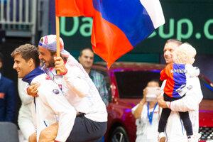 Radosť Slovákov po výhre nad Švajčiarskom v Davisovom pohári 2019.