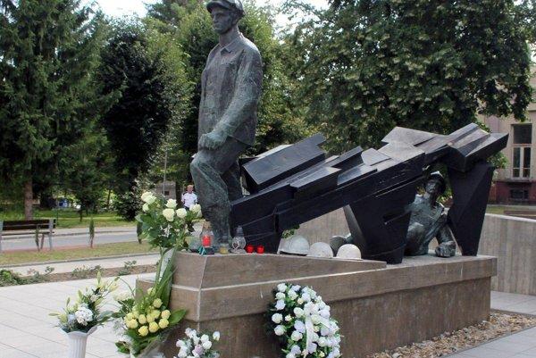 Pamätník venovaný handlovským baníkom.