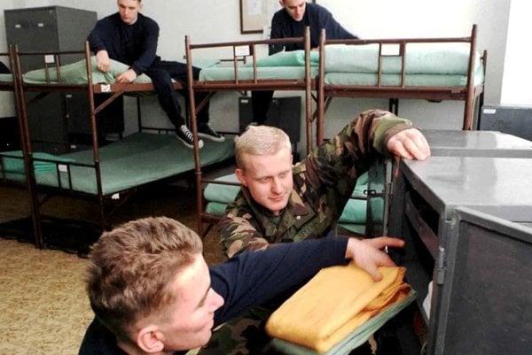 Poriadok vždy musel byť aj v skrinkách, ktoré mali vojaci k dispozícii.
