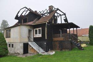 Zhorený dom vo Veličnej.
