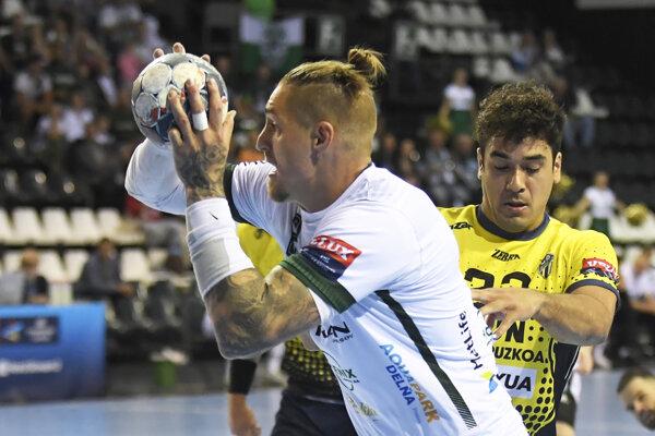 Na Ligu majstrov Oliver Rábek nastúpil, hoci mal v krku štiknutý nerv.
