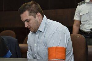 Obžalovaný Juraj Hossu na súde.