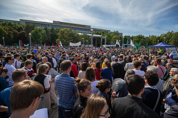 Desaťtisíce ľudí pochodvali za život.