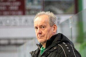 Tréner novozámockých hokejistov Milan Jančuška