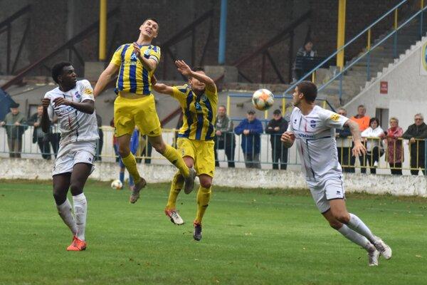 Trebišovčania prehrali s favoritom po góle v záverečných minútach.