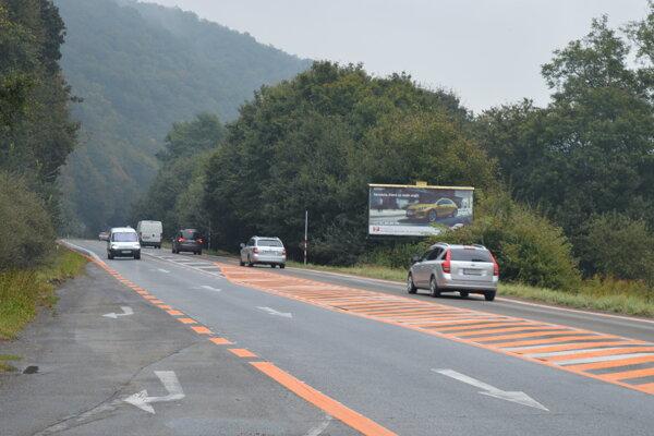 Medzi Prešovom a Veľkým Šarišom vytvorili odbočovacie pruhy kvôli výjazdu na stavenisko severného obchvatu.