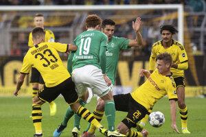 Zápas Dortmundu a Brém.