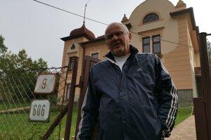 Podľa Petra zo Štúrovej ulice je na ceste málo kanálových vpustí.